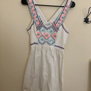 American Eagle Aztec pattern dress
